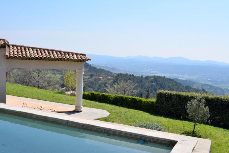 Revenda residencial de prestígio casa Seillans 630000€ - Fotografia 2