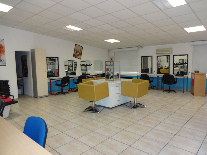 Vente local commercial Sorgues 945 000€ - Photo 5