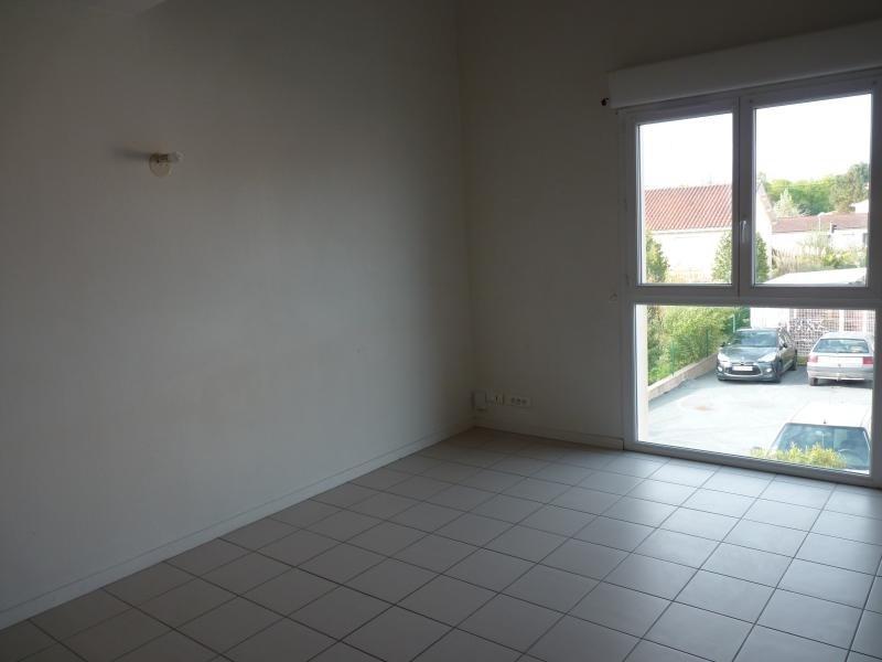 Location appartement La roche sur yon 410€ CC - Photo 2