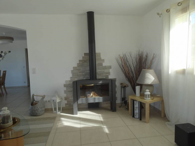 Deluxe sale house / villa Cranves-sales 795 000€ - Picture 4