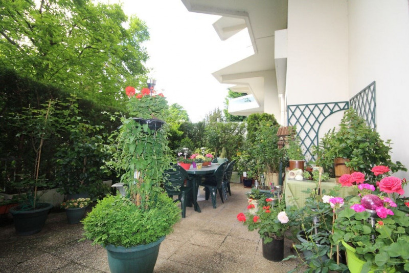 Sale apartment Le pecq 279 000€ - Picture 1
