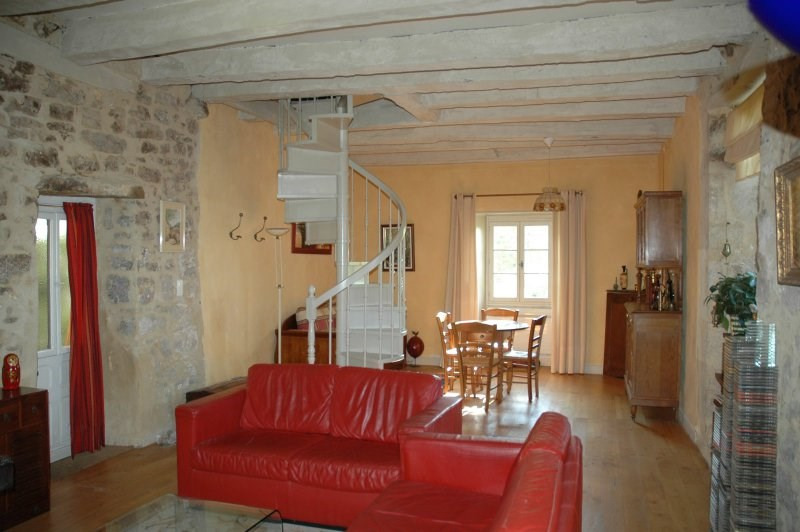 Sale house / villa Terrasson lavilledieu 224700€ - Picture 6