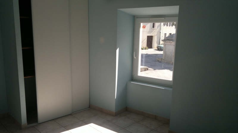 Location maison / villa Carlipa 669€ CC - Photo 4