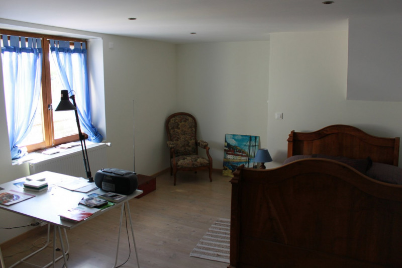 Sale house / villa Montseveroux 364500€ - Picture 11