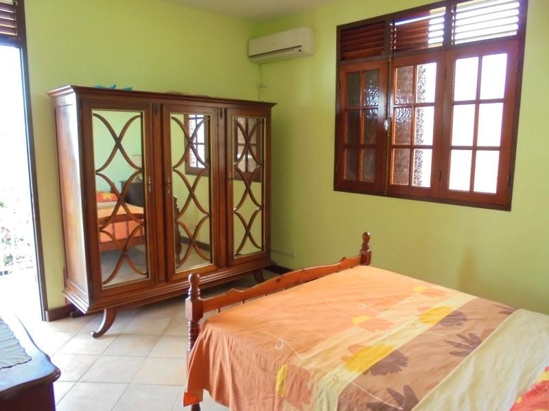 Vente maison / villa Capesterre belle eau 335000€ - Photo 6