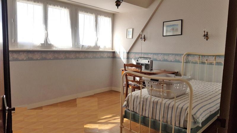 Sale house / villa Quimper 299980€ - Picture 5