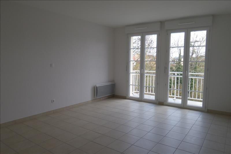 Location appartement Falaise 465€ CC - Photo 1
