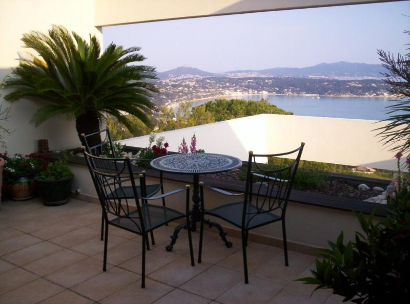 Location vacances appartement Bandol 600€ - Photo 3