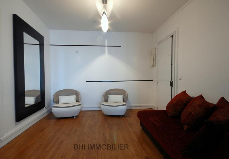 Location appartement Paris 5ème 2730€ CC - Photo 6