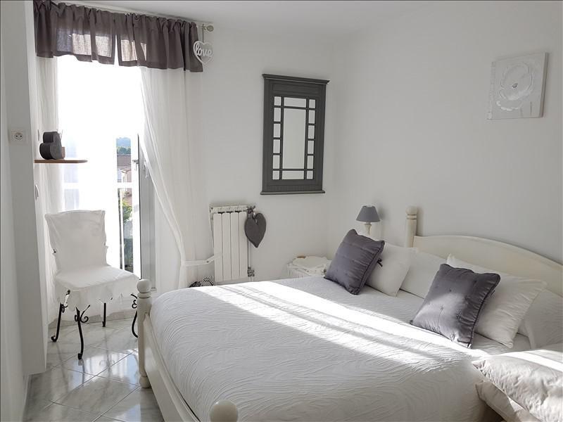 Sale apartment Aubagne 227900€ - Picture 2