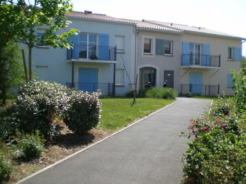 Location appartement Blaye 353€ CC - Photo 1