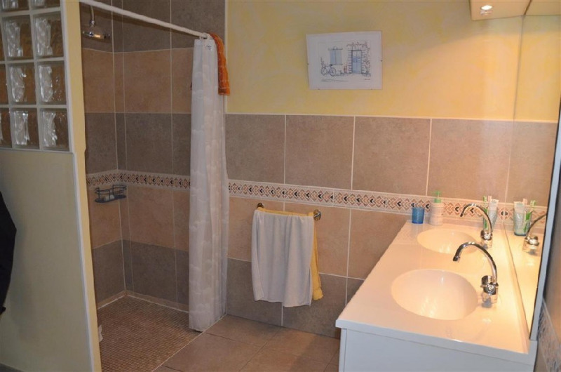 Sale house / villa Hericy 360000€ - Picture 9