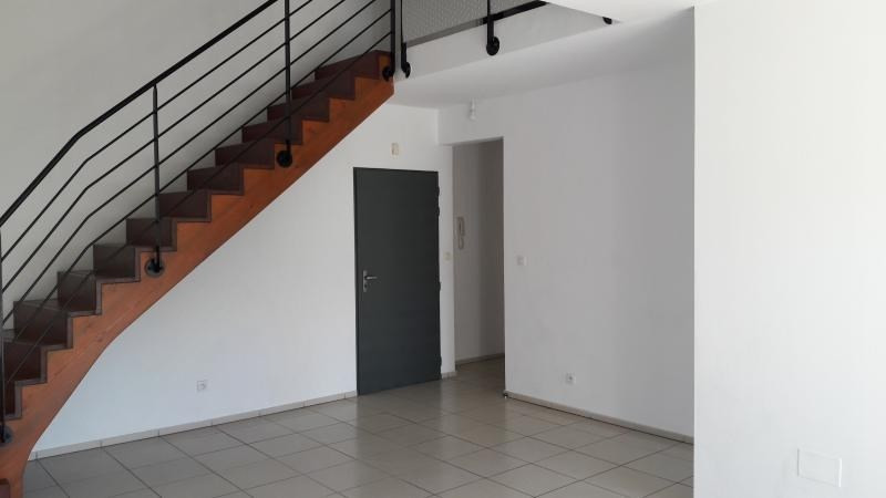 Sale apartment St paul 209 851€ - Picture 2