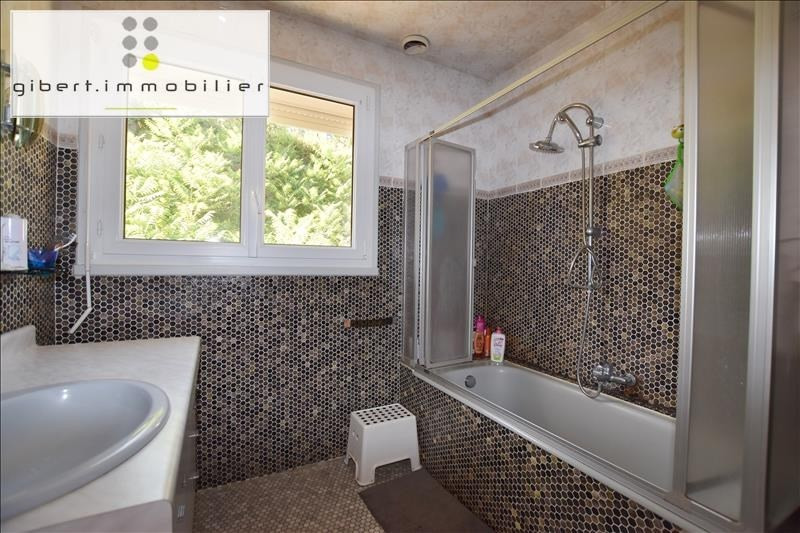 Sale house / villa Ceyssac 210000€ - Picture 8