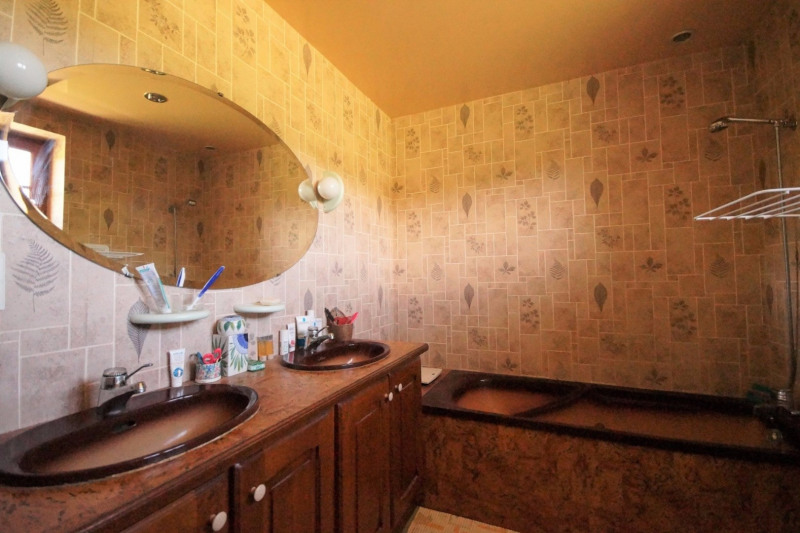Vente maison / villa Ruy 397000€ - Photo 10