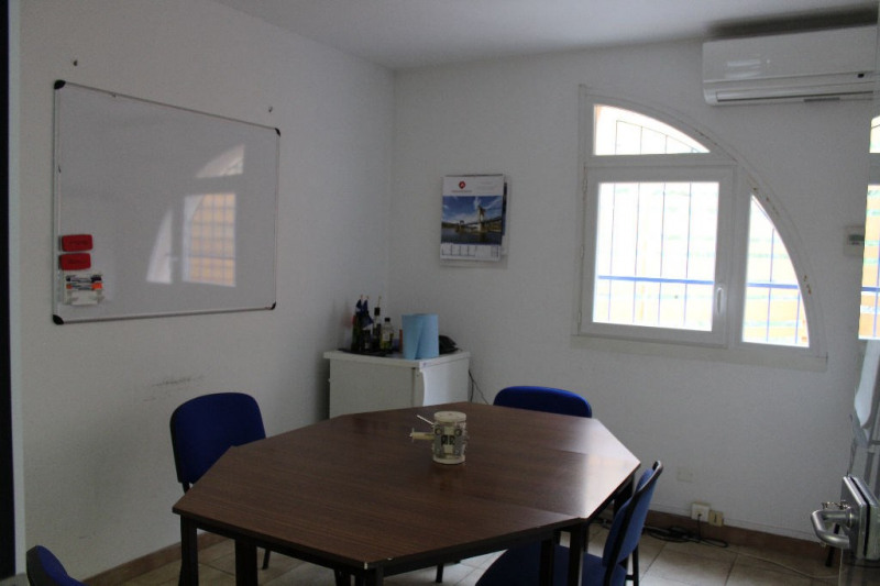 Vente local commercial Lambesc 997 500€ - Photo 6