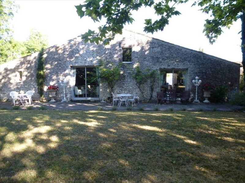 Vente de prestige maison / villa Semussac 614250€ - Photo 9