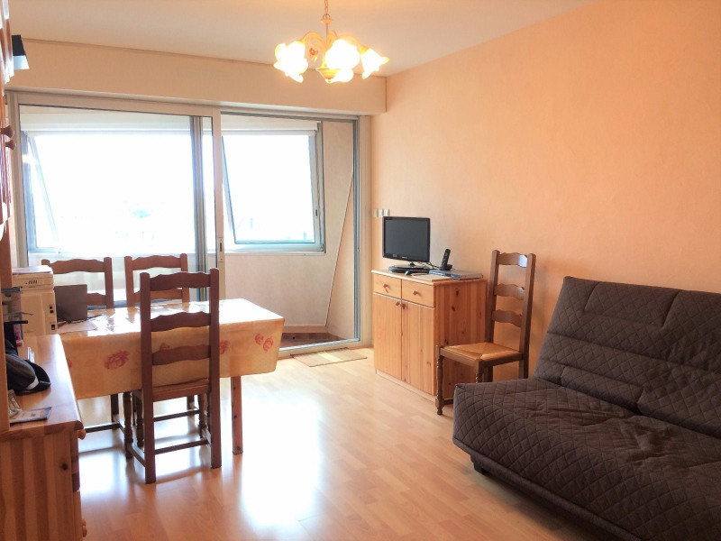 Sale apartment Les sables d olonne 225 000€ - Picture 2