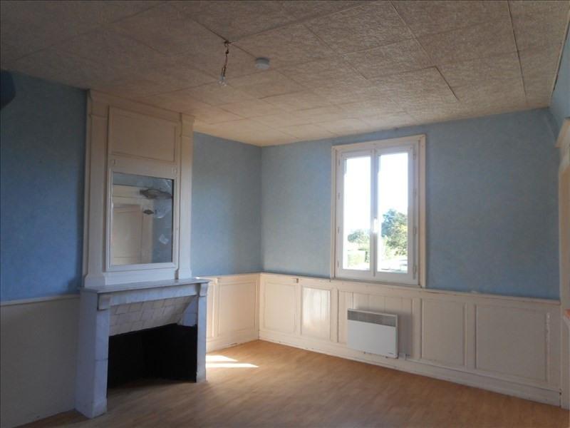 Location appartement Yebleron 395€ CC - Photo 3
