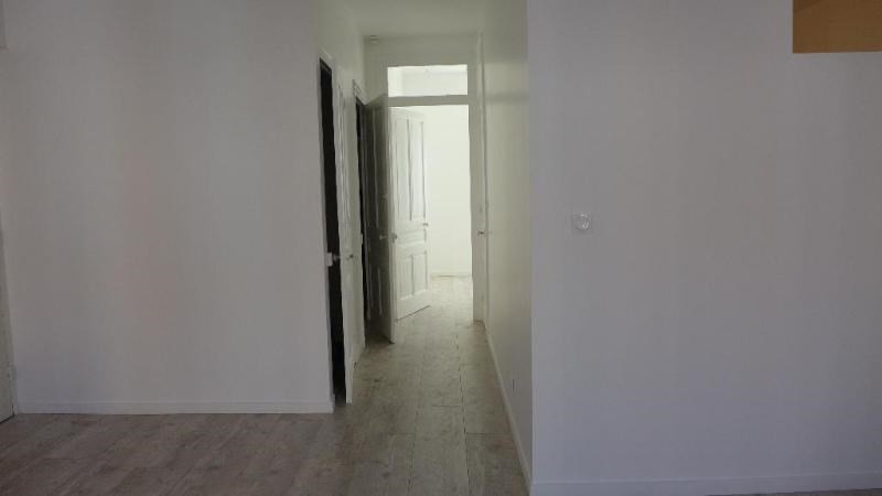 Location appartement Lyon 8ème 680€ CC - Photo 9