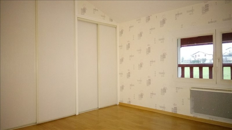 Rental apartment St pee sur nivelle 700€ CC - Picture 6