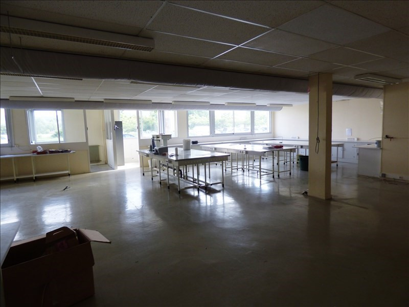 Location local commercial Proche de mazamet 3 400€ +CH/ HT - Photo 6