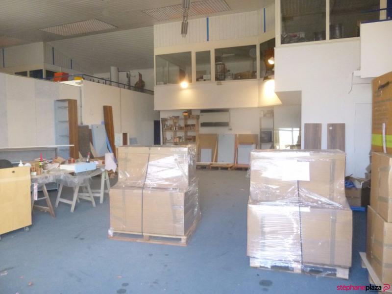 Location local commercial Loriol du comtat 3000€ HC - Photo 4