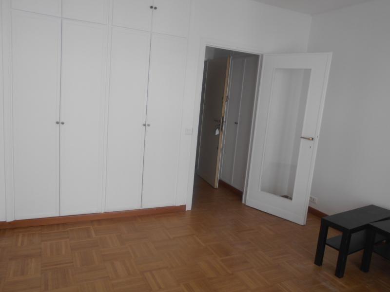 Location appartement Paris 16ème 628€ CC - Photo 1