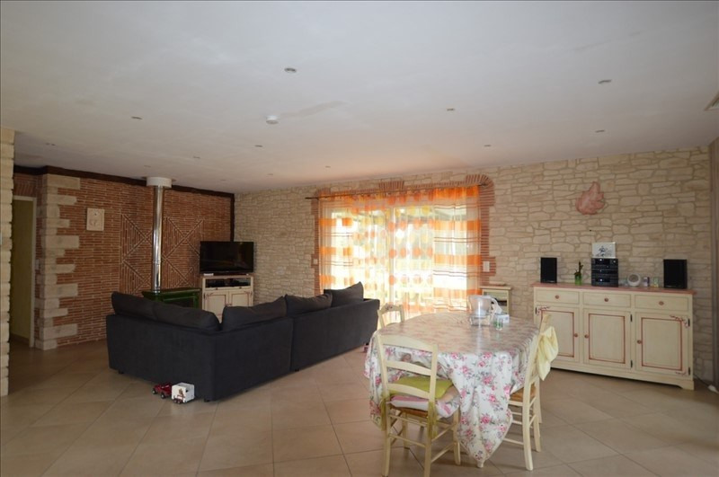Vente maison / villa Sauveterre de bearn 271500€ - Photo 3