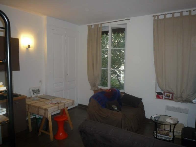 Location appartement Lyon 6ème 444€ CC - Photo 1