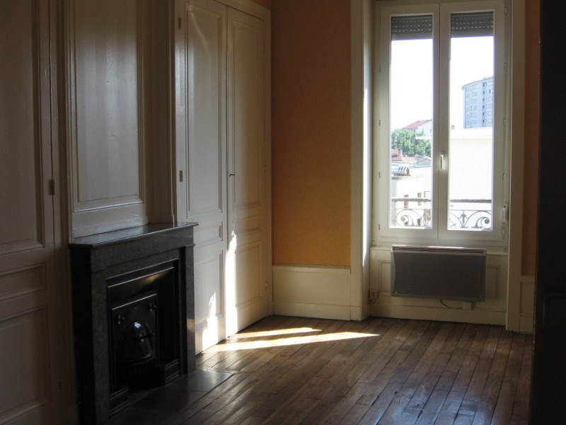 出租 公寓 Oullins 542€ CC - 照片 3