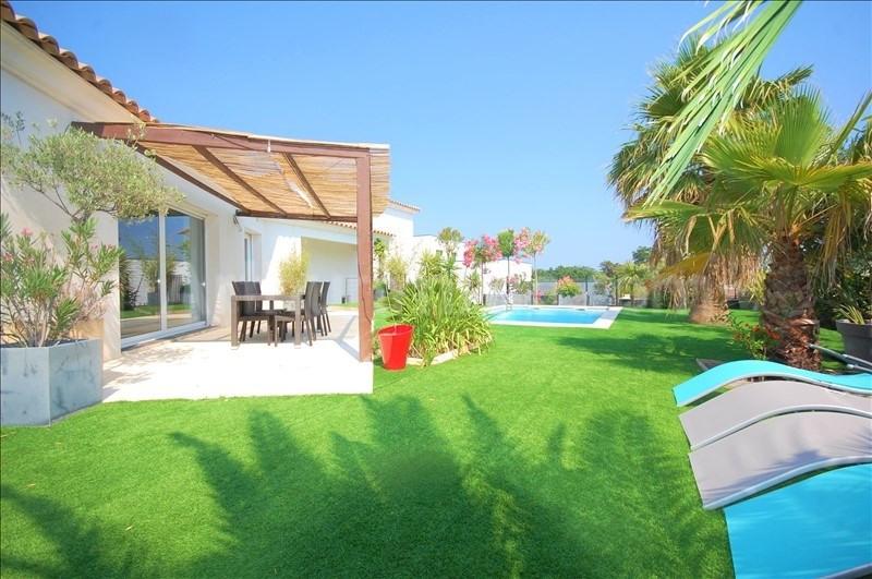 Deluxe sale house / villa Frejus 750000€ - Picture 2