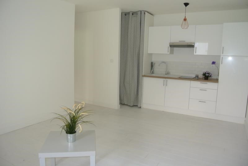 Vente appartement Bordeaux 243 800€ - Photo 1