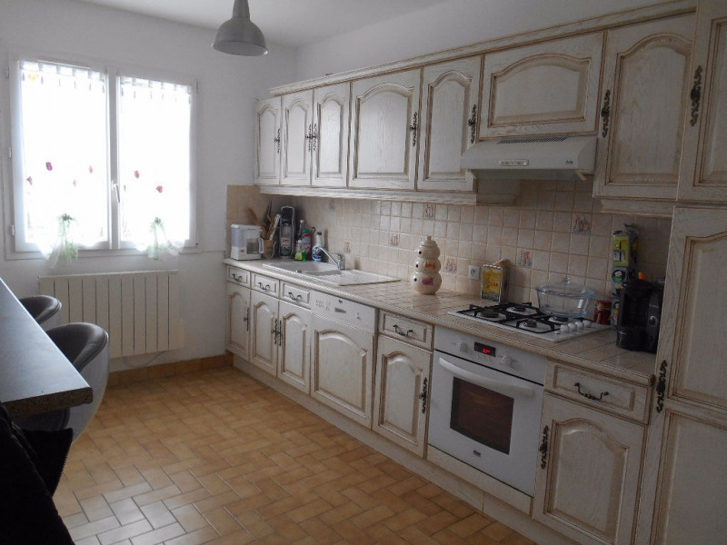 Vente maison / villa Grandvilliers 173000€ - Photo 3