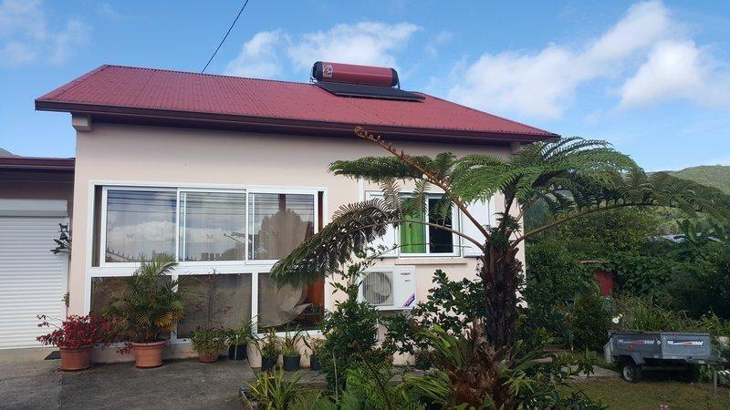 Sale house / villa La plaine des palmistes 240000€ - Picture 1