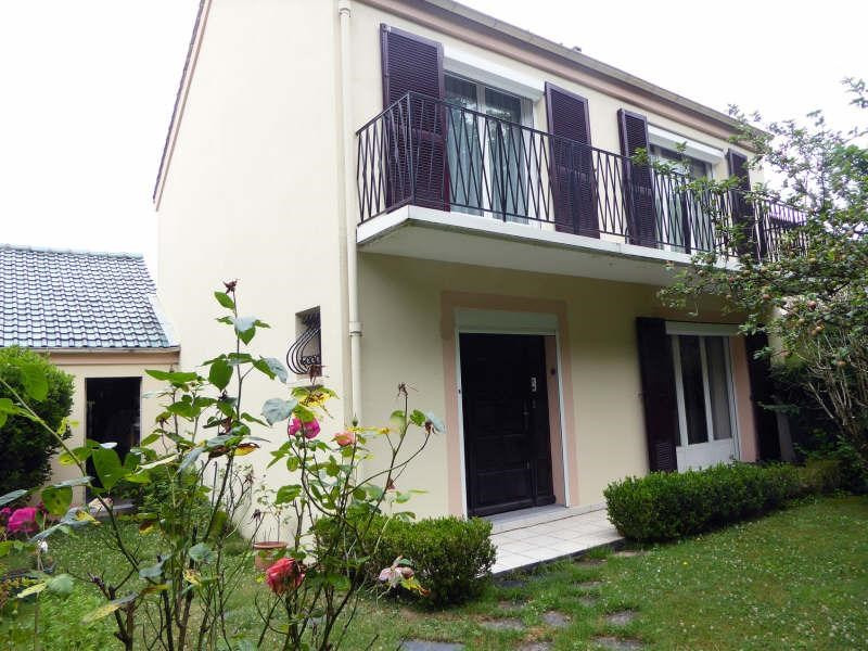 Sale house / villa Maurepas 336 000€ - Picture 1