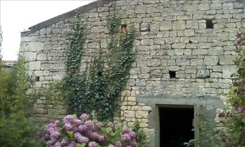 Sale house / villa Fontenay le comte 49500€ - Picture 4