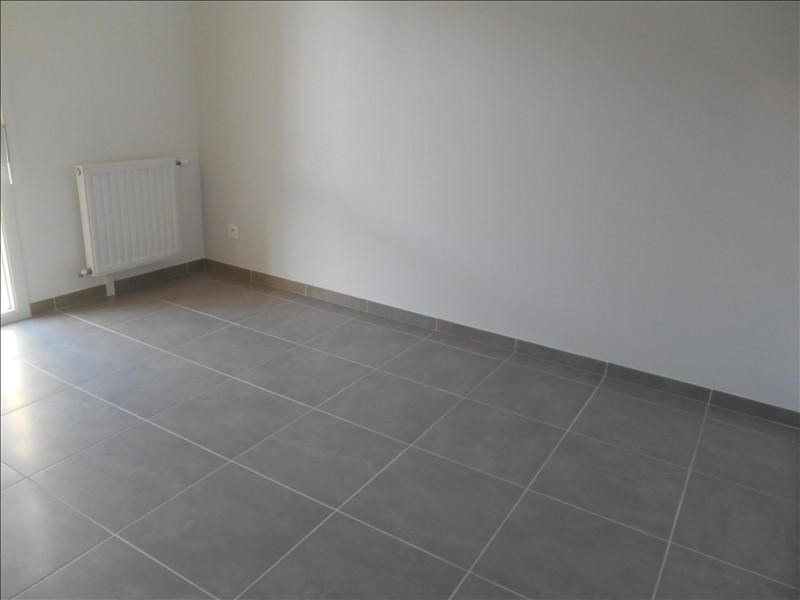 Location appartement Troyes 660€ CC - Photo 4