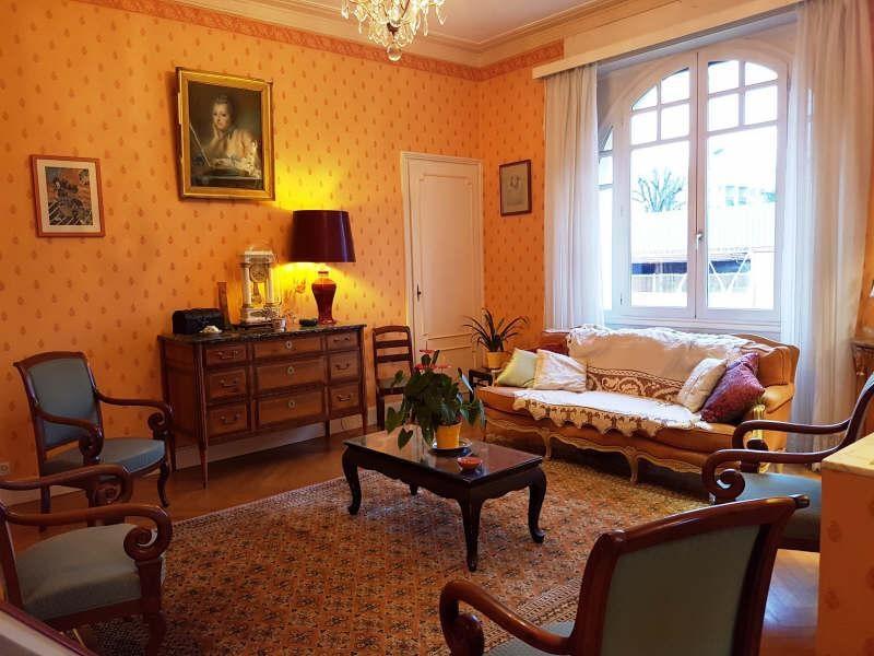 Sale house / villa Vienne 230000€ - Picture 2