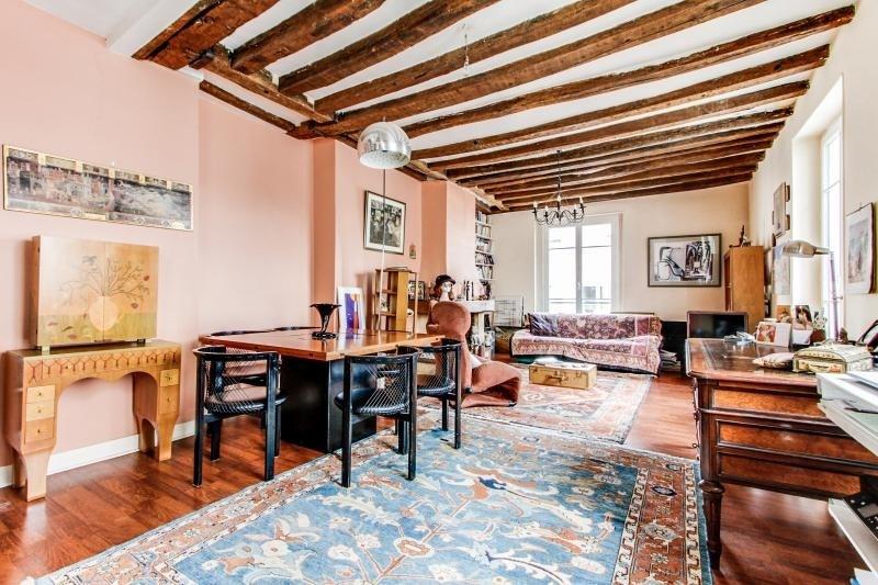 Sale apartment Paris 3ème 990000€ - Picture 1