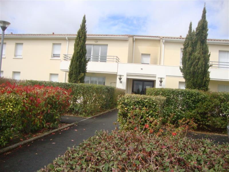 Vente appartement Saint-jean-d'angély 74900€ - Photo 1