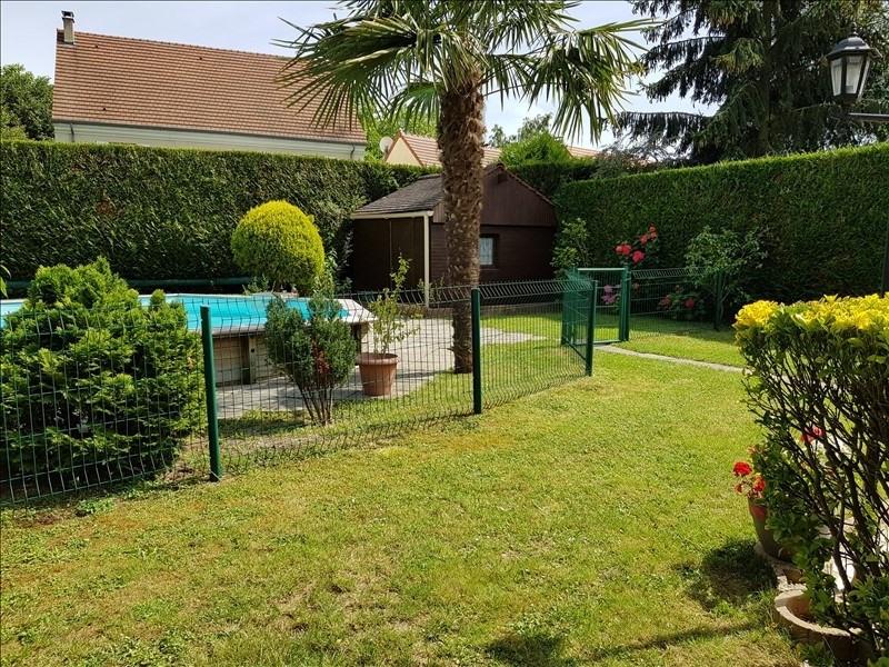 Sale house / villa La queue en brie 424900€ - Picture 9