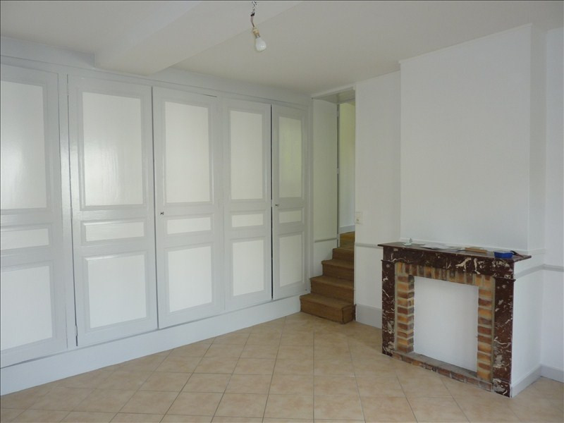 Rental apartment Vendome 450€ CC - Picture 3