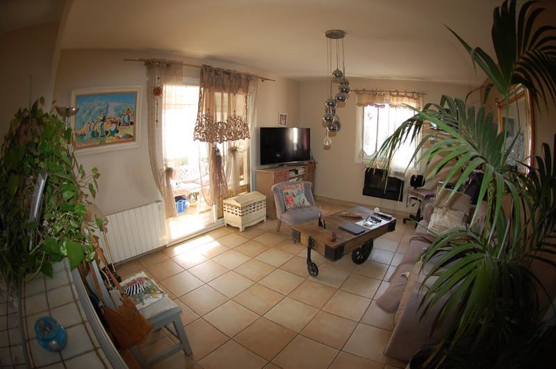 Sale house / villa Six fours 360000€ - Picture 2