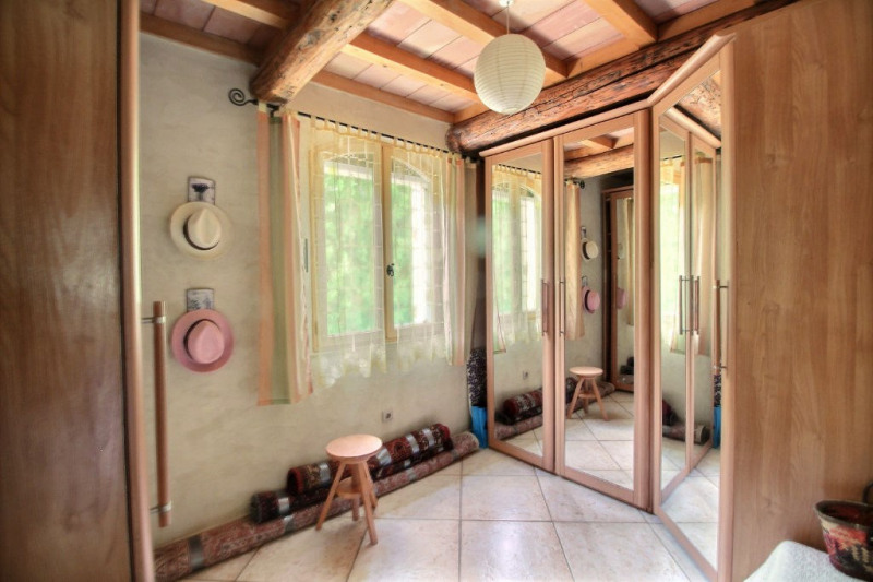 Vente maison / villa Montfrin 337000€ - Photo 9