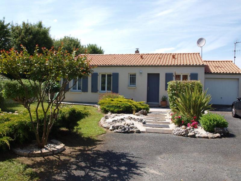 Sale house / villa Sainte soulle 266000€ - Picture 2
