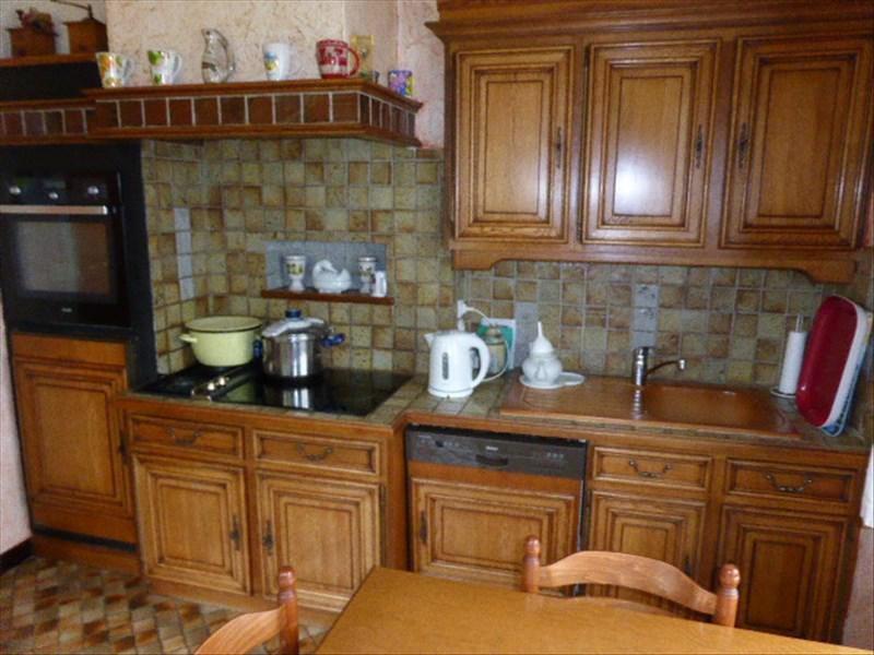 Sale house / villa Lere 137500€ - Picture 6