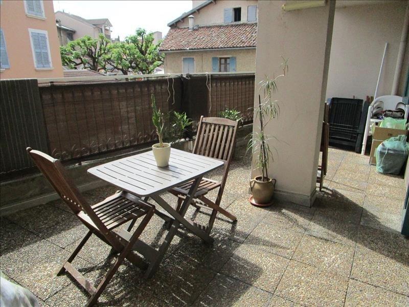 Rental apartment Voiron 508€ CC - Picture 1