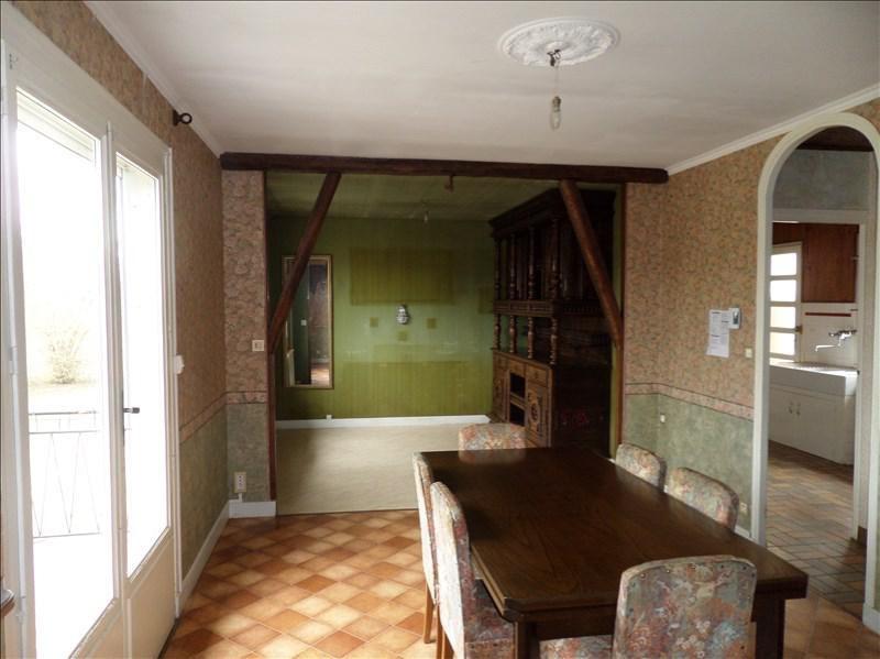 Sale house / villa La chapelle montlinard 83000€ - Picture 2