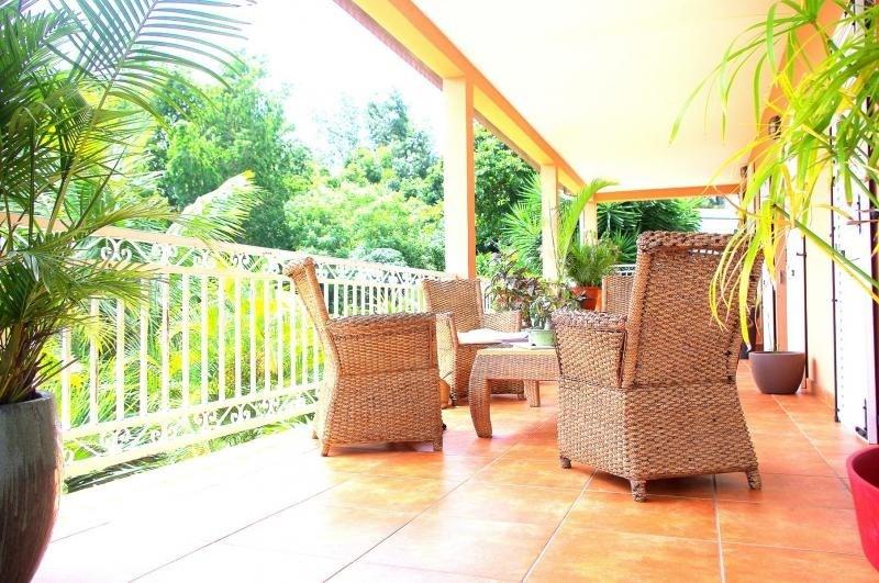 Deluxe sale house / villa Bellemene 593000€ - Picture 1
